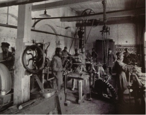 Russian working class, factory conditions, 1890s